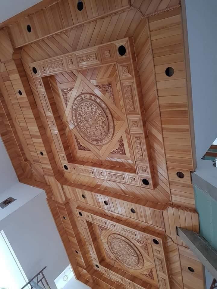 Mẫu trần gỗ xoan tại Thái Bình